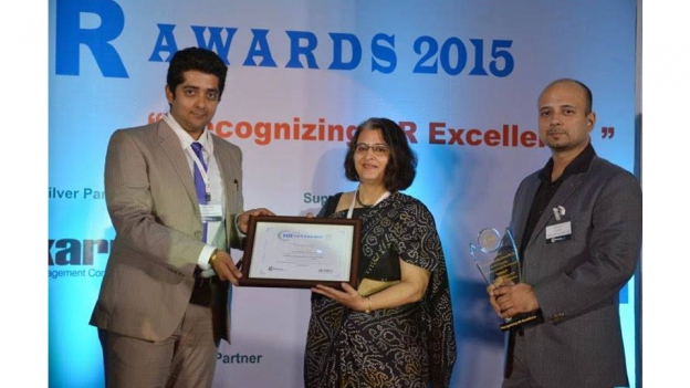 HR awards 2015 for Excellence in People Development Solutions