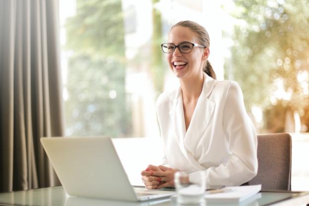 Executive Leadership Program   Leadership Development Program   Female Manager   Female Executive   Pragati Leadership